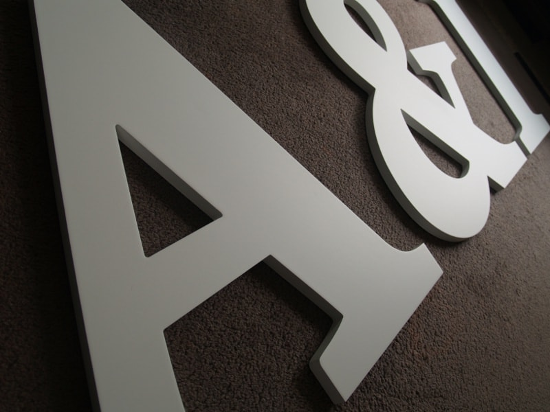Houten Letters Kinderkamer : Grote houten letters xxl letters