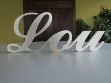 Witte letters Lou