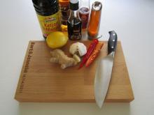 Snijplank met ingrediënten